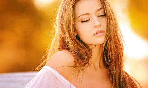 Pilosité excessive chez les femmes : Quel traitement naturel ?