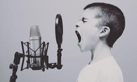 Quel remède de grand-mère quand on la voix enrouée ?