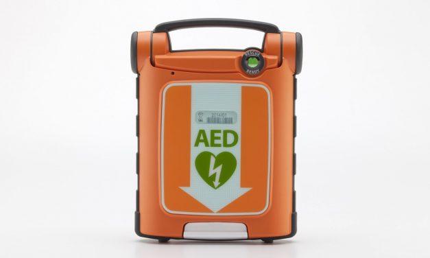 Entreprise : l'importance d'un défibrillateur automatisé externe