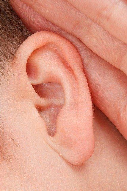 Que faire avant d'acheter une prothèse auditive?